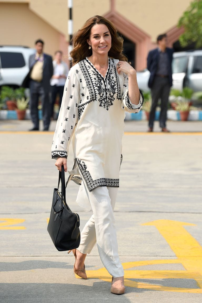 Kate Middleton's Scene-Stealing Looks From Their Royal Tour Of Pakistan
